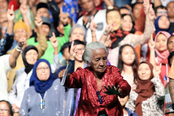 Rimini Protokoll, 100% Yogyakarta, performed at Concert Hall Taman Budaya, Yogyakarta, 2015, Courtesy Goethe-Institut Indonesien. Photo: Berto Gesit