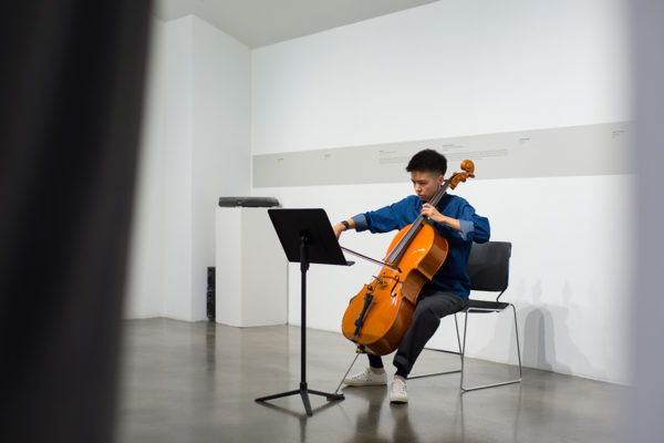 Mika Hayashi Ebbesen (cello and ensemble leader), Kunsthalle for Music, Museum of Contemporary Art Santa Barbara, 2019, Courtesy MCASB, Photo: Alex Blair.
